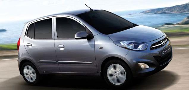 Dodge i10 2012 en México en carretera