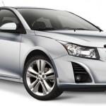 Chevrolet introduce nueva versión del Cruze 2014 con motor 1.4