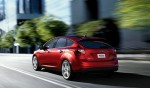 Ford Focus 2013 en México trasera en calle