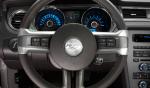 Ford Mustang 2013 en México volante controles interior