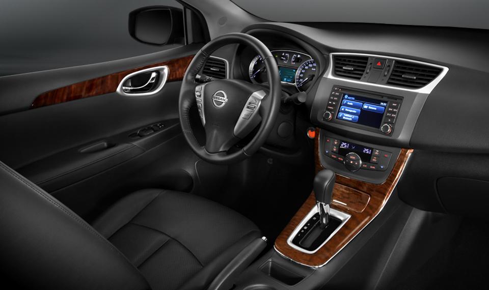 Nuevo Nissan Sentra 2013 para México interior, tablero, volante