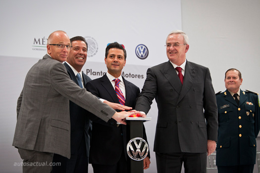 Volkswagen inaugura su nueva planta en Silao Guanajuato, Enrique Peña Nieto, el Gobernador de Guanajuato Miguel Márquez Márquez y el Dr. Martin Winterkorn