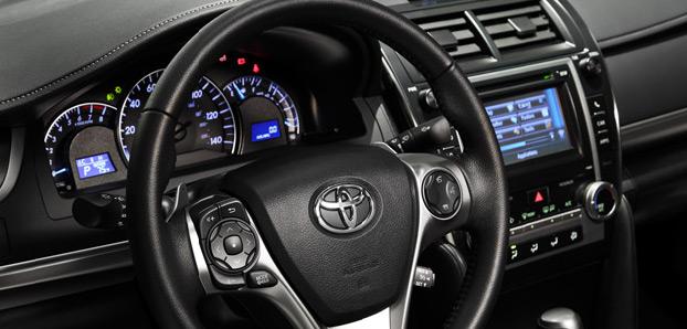 Toyota Camry 2013 para México trasera