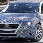 El Mazda 3 2014 en primeras fotos espía