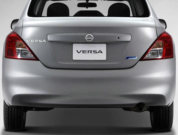 Nissan Versa 2014 México parte trasera
