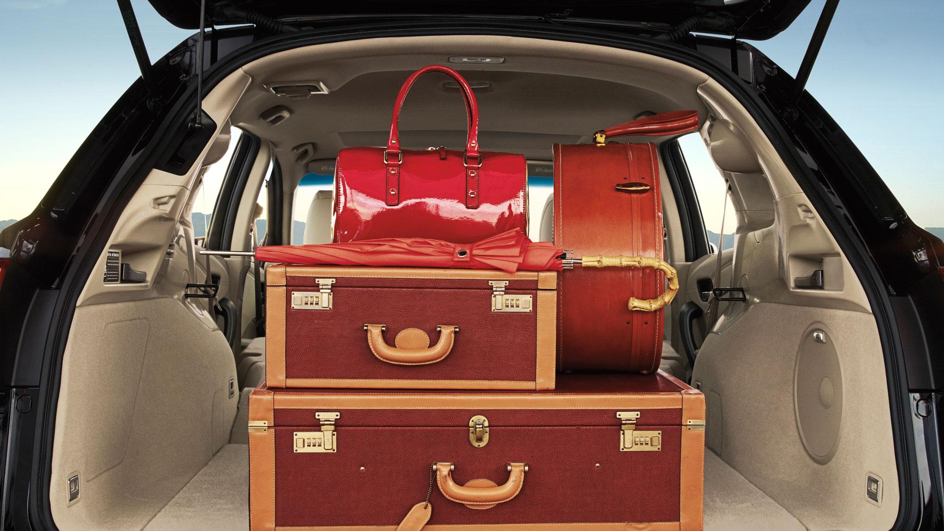 Acura RDX 2015 en México cajuela con maletas