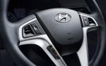 Dodge Attiude 2014 en México volante con controles de audio y Bluetooth