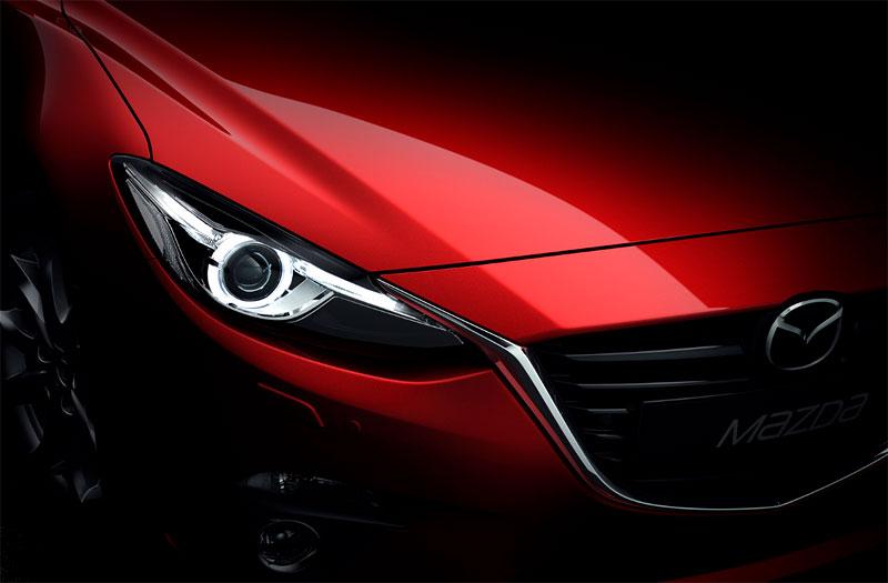 Nuevo Mazda 3 2014 oficial Faros diseño KODO