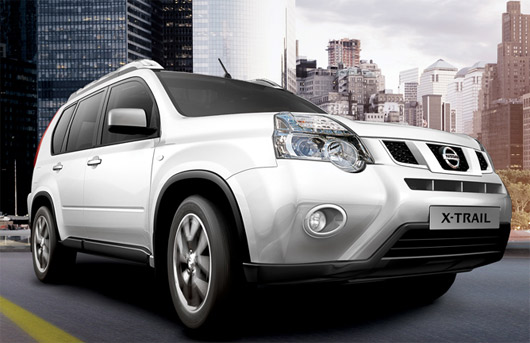 nissan x trail 2014 ya en m xico precios y versiones autos actual m xico. Black Bedroom Furniture Sets. Home Design Ideas