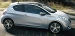 Peugeot 208 2015 en México de lado color plata