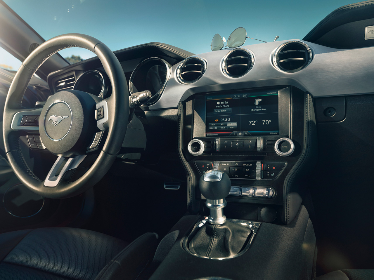 Ford Mustang 2015 interior