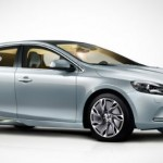 Volvo celebra 15 años y presenta su Nuevo Volvo V40