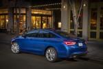 Chrysler 200 2015 en México color azul trasera