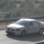 El totalmente nuevo Volkswagen Passat 2015 espiado en video
