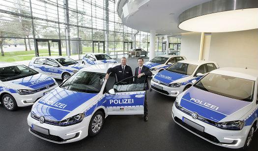 Volkswagen e-Golf policia