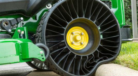 Llanta Michelin sin aire