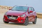 Mazda2 2016 versión para Europa diseño Kodo color rojo frente
