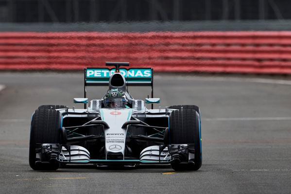 Mercedes W06 Fórmula 1 2015 parte frontal