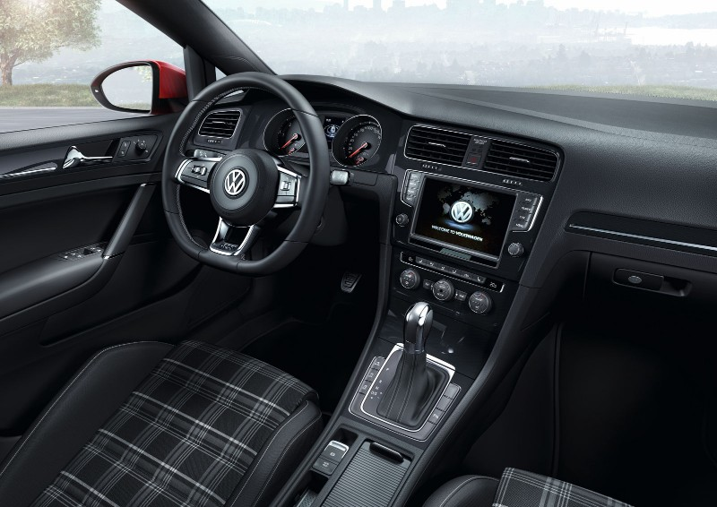 Volkswagen Golf GTD Variant 2015 interior