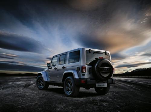 Jeep Wrangler Black Edition II parte trasera
