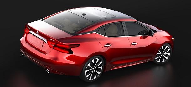 Nissan Maxima 2016 primeras imágenes lateral