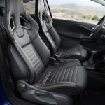 Opel Corsa OPC azul ópalo, interior