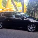 Nuevo Peugeot 308 color negro de lado