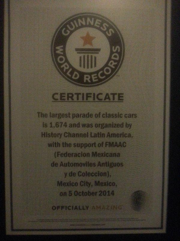 Record Guiness, Día Automóvil Antiguo 2015