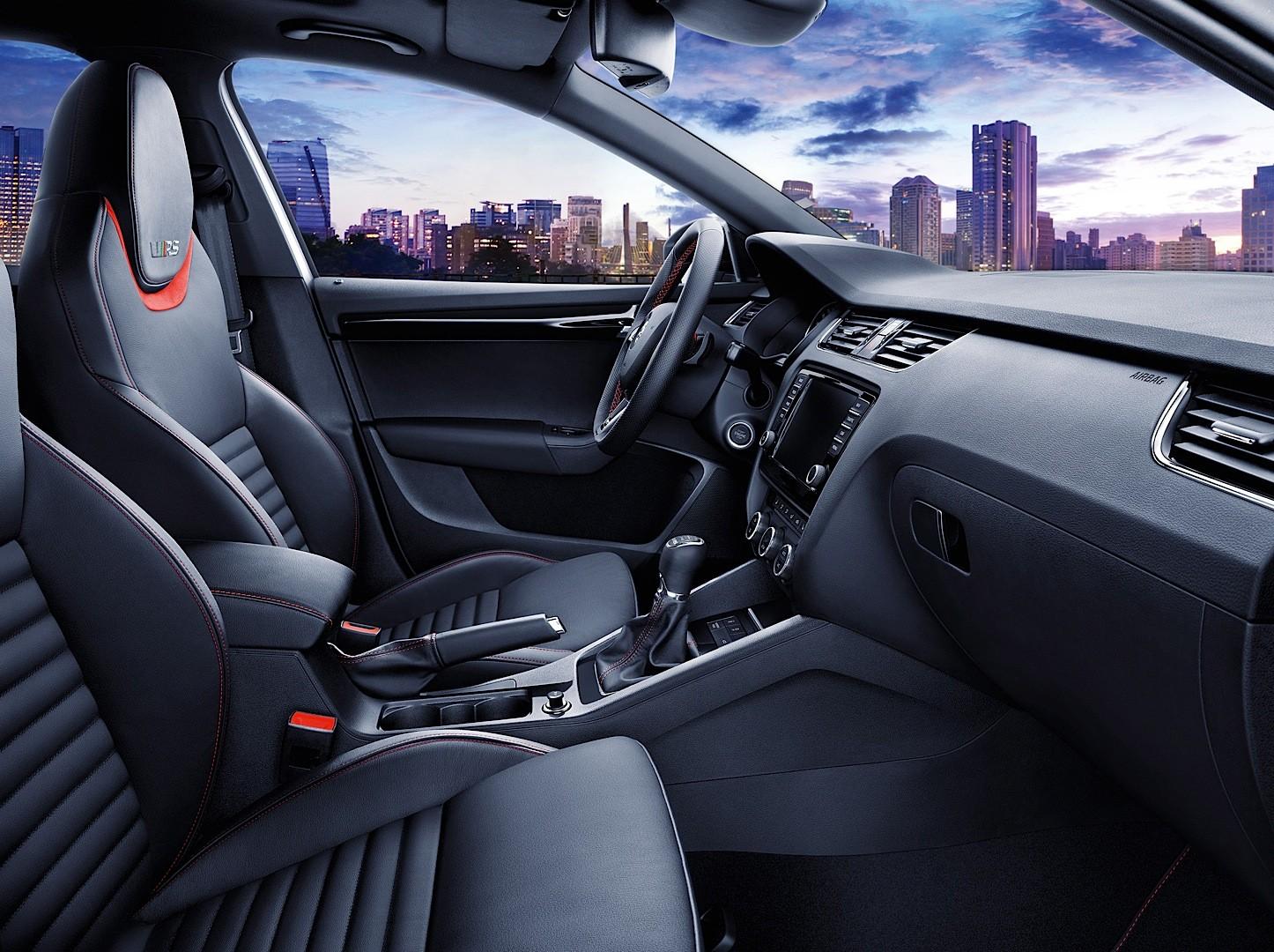 Skoda Octavia RS 230, interior