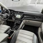 Volkswagen Touran 2016 interior