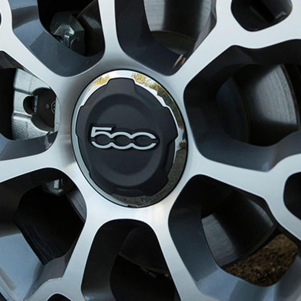 """Fiat 500L 2015 Rines De Aluminio De 17"""""""