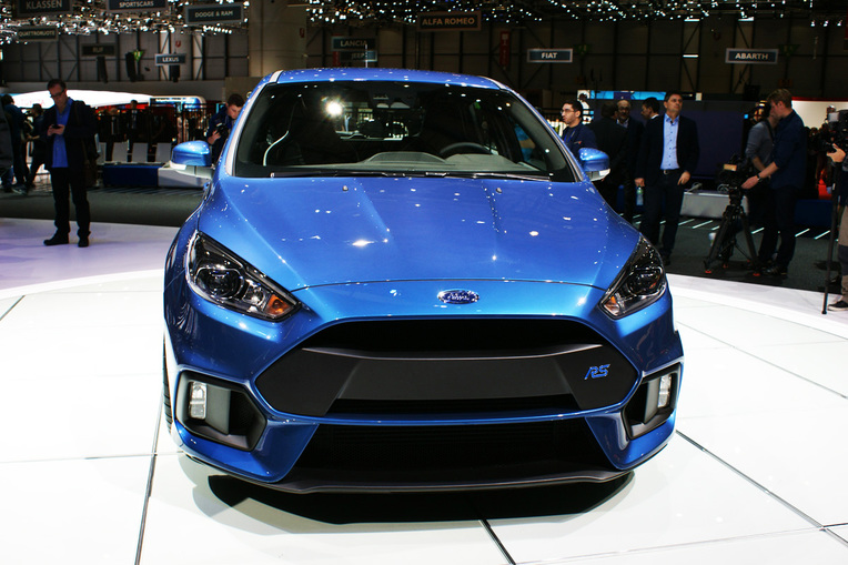 Ford Focus RS vista frontal