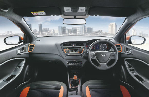 Hyundai i20- Active, interior