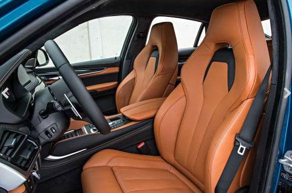 BMW X6 M asientos delanteros