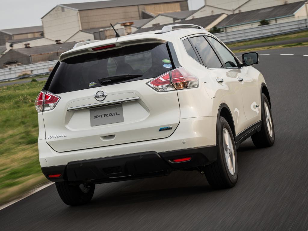 Nissan X-Trail Hybrid parte trasera