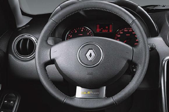 Renault Duster Outdoor 2015 Edicion Limitada volante
