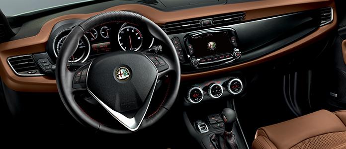 Alfa Romeo Giulietta 2015 interior