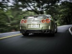 Nissan GT-R 45th Anniversary Gold Edition parte trasera