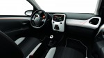 Peugeot 108 Roland Garros interior