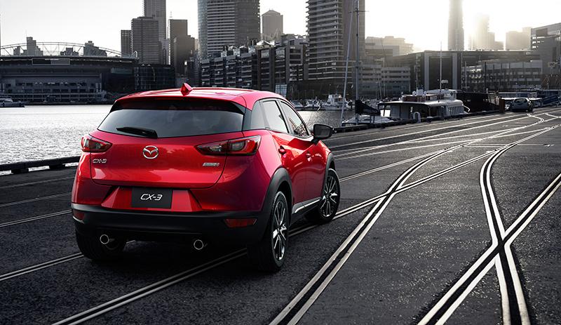 Mazda CX-3 2016 vista posterior