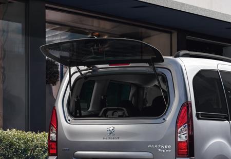 Peugeot Partner Tepee 2016 parte trasera