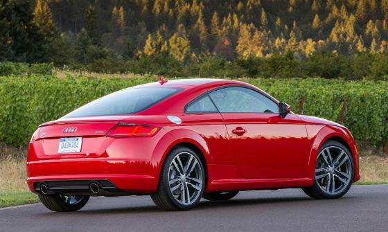 Audi TT 2016 vista posterior