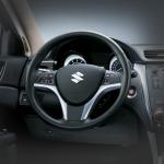 Suzuki Kizashi Aniversario volante