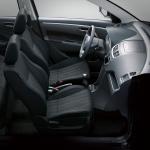 Suzuki Swift Aniversario interior