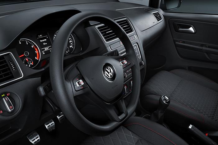 Nuevo Volkswagen CrossFox 2016 en México, volante