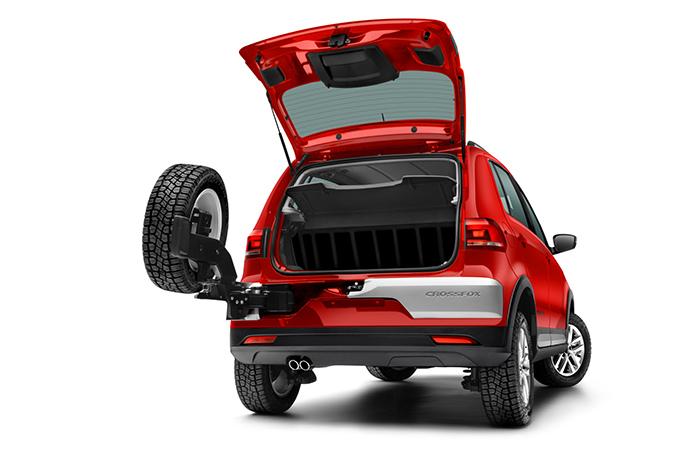Nuevo Volkswagen CrossFox 2016 en México color rojo cajuela con llanta de refacción