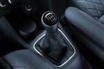 Nuevo Volkswagen CrossFox 2016 en México interiores palanca de velocidades