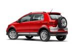 Nuevo Volkswagen CrossFox 2016 en México perfil posterior color rojo