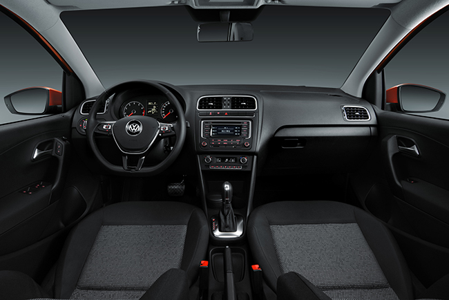 Volkswagen Polo 2016 1 2 Litros Turbo Interior Autos