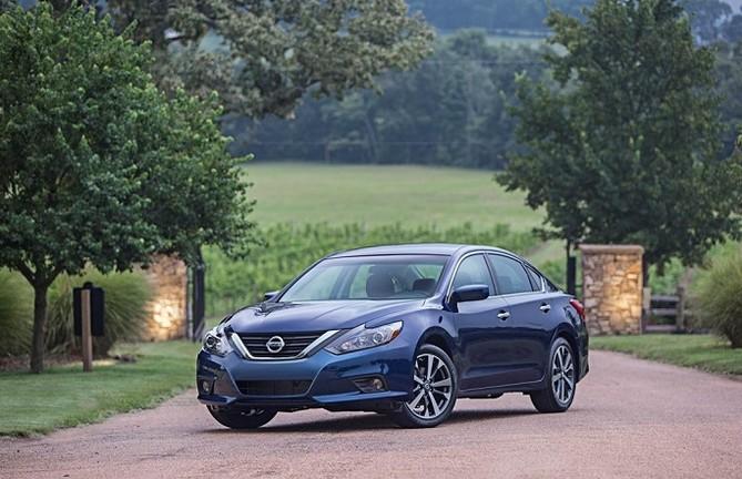 Nissan Altima 2017 exterior